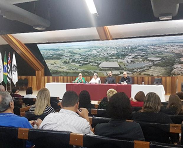Revista Argumentos da Univás participa de evento na UNICAMP