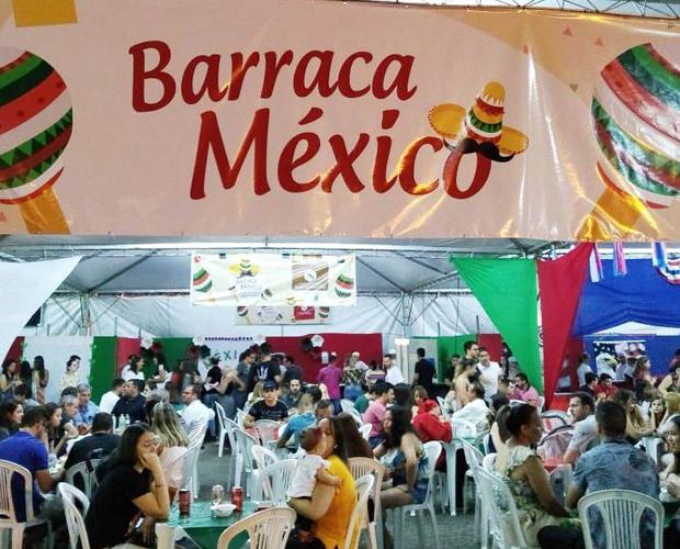 HCSL ganha público de centenas de pessoas com barraca do México na Feira das Nações 2019