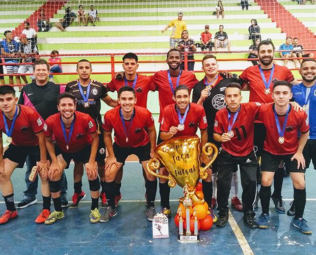 Alunos do curso de Educação Física da Univás são destaque em Taça de Futsal